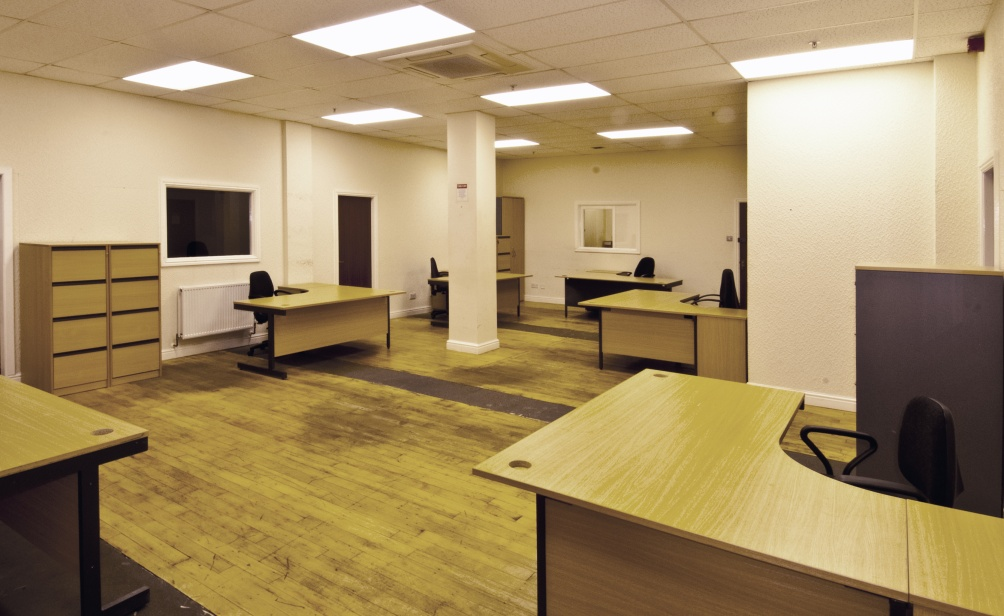 Open plan office space simple storage for Office design 1000 square feet